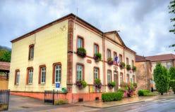 Stadshus av Moyenmoutier, den Vosges avdelningen - Frankrike Royaltyfria Foton