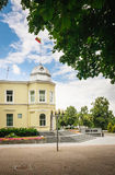 Stadshus i Druskininkai lithuania Arkivbilder