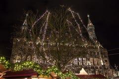 Stadshus- och julgarnering i Aachen Royaltyfri Fotografi