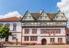 Stadshus på den centrala fyrkanten av Blomberg Royaltyfria Bilder