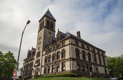 Stadshus på den centrala fyrkanten, i Cambridge, Massachusetts royaltyfri bild