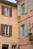 Stadshus Roussillon by i Provence; Luberon Royaltyfria Foton