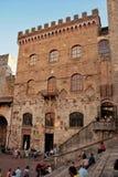 Stadshus San Gimignano arkivbilder