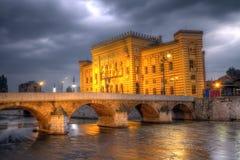 Stadshus Vijecnica, i Sarajevo, Bosnien och Hercegovina, HDR royaltyfria foton