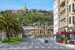 Stadshusbyggnad av San Sebastian Donostia, baskiskt land spain royaltyfria foton