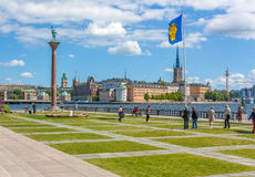 Stadshusparken около здание муниципалитета Стокгольма Стоковое Изображение