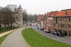Stadsingång Brugge, Belgien arkivbilder