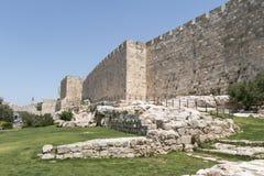 stadsjerusalem gammala väggar Arkivfoton