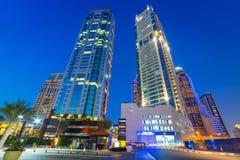 Stadslandskap av den Dubai marina Royaltyfria Foton