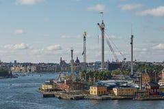 Stadslandskap och Tivoli Grona Lund - Gronan - nöjesfält Fotografering för Bildbyråer