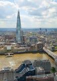 stadslondon sikt Panoramautsikt från golvet 32 av London skyskrapa Arkivbild