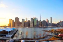 stadsmanhattan ny solnedgång york Arkivbild
