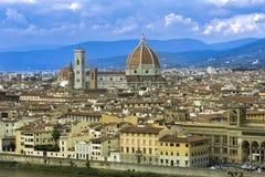 Stadsmening over Florence en Duomo Santa Maria del Fiore met Nok royalty-vrije stock fotografie