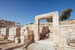 Stadsmuren in de ruïnes van Troy, Turkije stock foto's