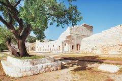 Stadsmuren in de ruïnes van Troy, Turkije royalty-vrije stock foto
