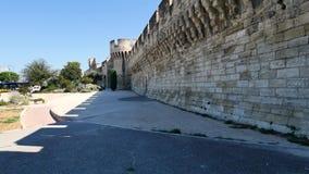 Stadsmuur van Avignon, Frankrijk stock video
