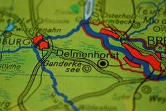 Stadsnamnet DELMENHORST, Tyskland, på översikten royaltyfria foton