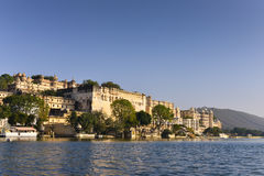Stadspaleis in Udaipur India Stock Foto