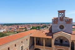 Stadspanorama av Perpignan byggnader Royaltyfri Foto