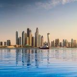 Stadspanorama i Dubai Royaltyfri Fotografi