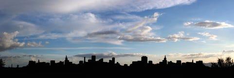 stadspanoramasilhouette Royaltyfri Foto