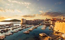 Stadsport i Dubrovnik croatia Arkivfoto