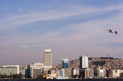Stadsscape av izmir Arkivfoton