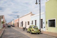 Stadssikt av Valladolid, Mexico Fotografering för Bildbyråer