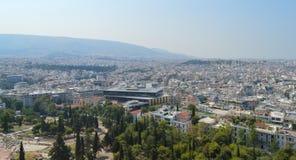 Stadssikt från akropolen i Aten, Grekland på Juni 16, 2017 Royaltyfri Foto