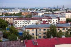 Stadssikt, gammalt tak Arkivfoton