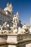 stadsspringbrunn rome Royaltyfri Bild