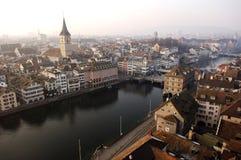 stadsswitzerland sikt zurich Arkivfoton