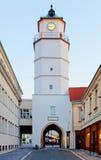 Stadstoren in Trencin - Slowakije stock foto's