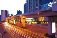 Stadsväg med rörelselampa Royaltyfria Bilder