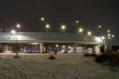 Stadsväg på natten Bock med den phonory gatan royaltyfria foton