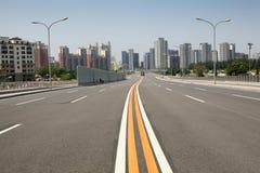 stadsväg till Royaltyfri Bild