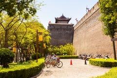 stadsvägg i Xian Arkivfoto