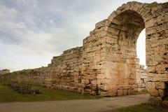 Stadsväggar och Porta Sirena salerno Campania italy Paestum salerno Campania italy Royaltyfri Foto