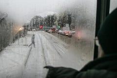 Stadsverkeer in de winter Royalty-vrije Stock Foto's
