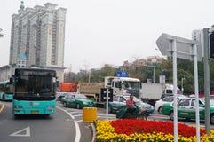 Stadsverkeer en de landschapsbouw Royalty-vrije Stock Foto