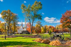 Stadsvierkant in de herfst Royalty-vrije Stock Fotografie