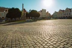 Stadsvierkant in Telc met renaissance en barokke kleurrijke huizen Royalty-vrije Stock Foto