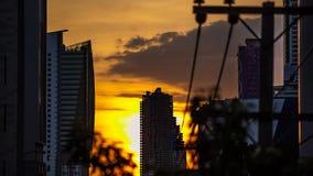 Stadszonsondergang in Bangkok stock videobeelden