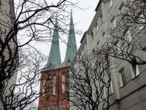 Stadt †‹â€ ‹von Berlin deutschland Panoramas von bildhauerischen Zusammensetzungen und von mittelalterlichen Kirchen im Stadtze lizenzfreies stockbild