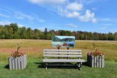 Stadt Adirondack USA der tupper See-Kunstbank Stockbild