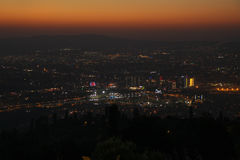 Stadt-Ansicht bei Sonnenuntergang von Ulu Dag lizenzfreies stockbild
