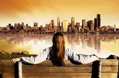 Stadt-Ansicht-Sonnenaufgang Stockfotos