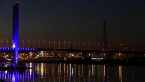 Stadt beleuchtet Bolte-Brücke, Melbourne stock video footage