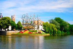 Stadt Chalon-sur Saone Frankreich auf der Saone stockfotos