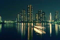 Stadt in dem Meer Lizenzfreie Stockfotos